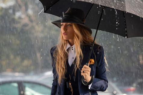 A Simple Favor Trailer: Anna Kendrick and Blake Lively