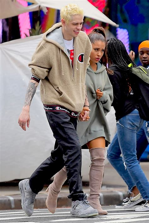 Kanye West Fills in for Ariana Grande on 'SNL'   PEOPLE