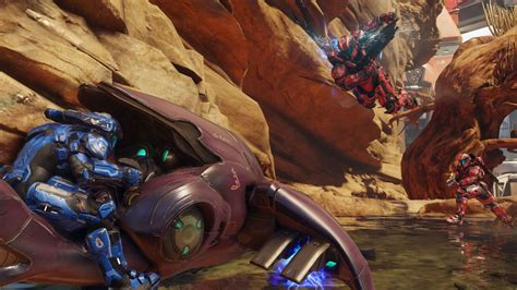 I've finished Halo 5, the lack of split-screen co-op is